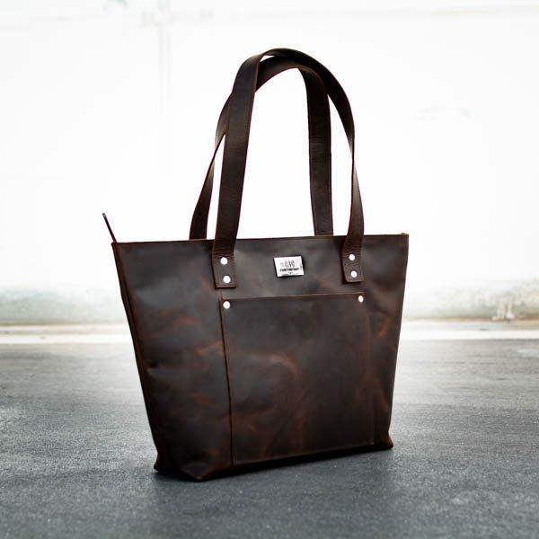 """Δερμάτινη τσάντα ώμου """"the Fab Bag"""" καφέ κεριού"""