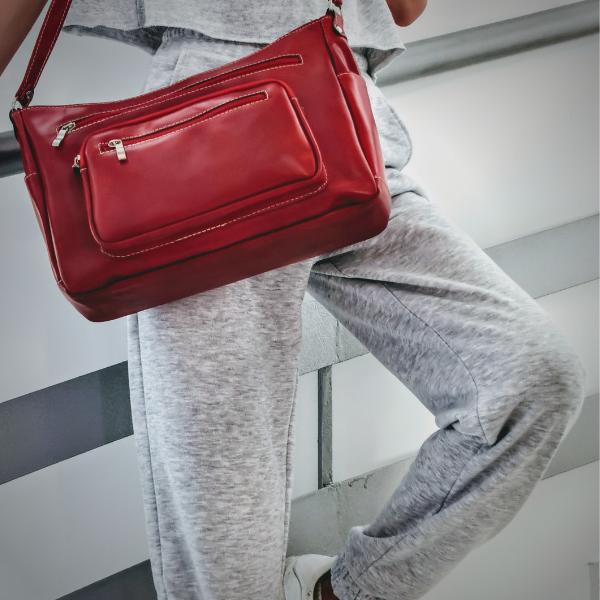 Δερμάτινη Γυναικεία τσάντα ώμου κόκκινη